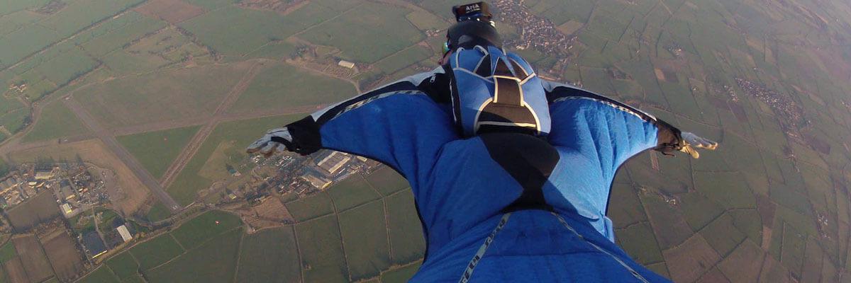 Fremhævede billeder 3 konkurrencer i ekstremsport rundt omkring i verden VM i Wingsuit Flying - 3 konkurrencer i ekstremsport rundt omkring i verden