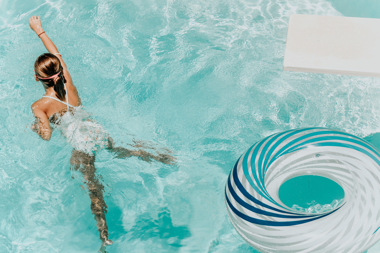 briana tozour YsFgsZJ4az0 unsplash - Gør familiens pool sommerklar
